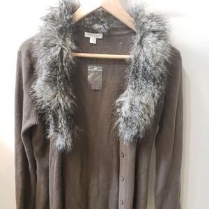 Wool cardigan with faux fur collar
